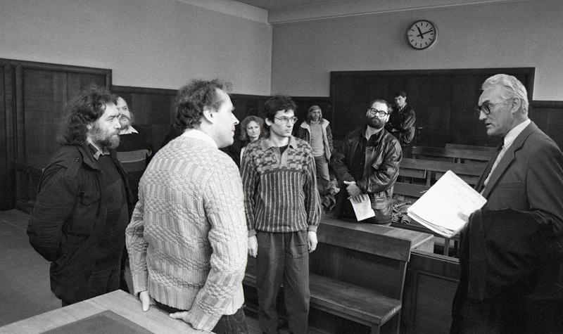 Proces s Jazzovou sekcí - rehabilitace 24.4.1991